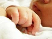 Comprendre le sommeil de bébé : sommeil profond et sommeil paradoxal