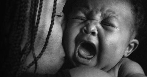 Pleurs excessifs : bébé digère mal